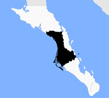 Magdalena Bay is the area enclosed by barrier islands on the west side of the peninsula | Image courtesy Wikimedia Commons