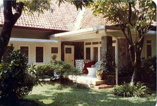 Jakarta bungalow - Image copyright Judith Shaw